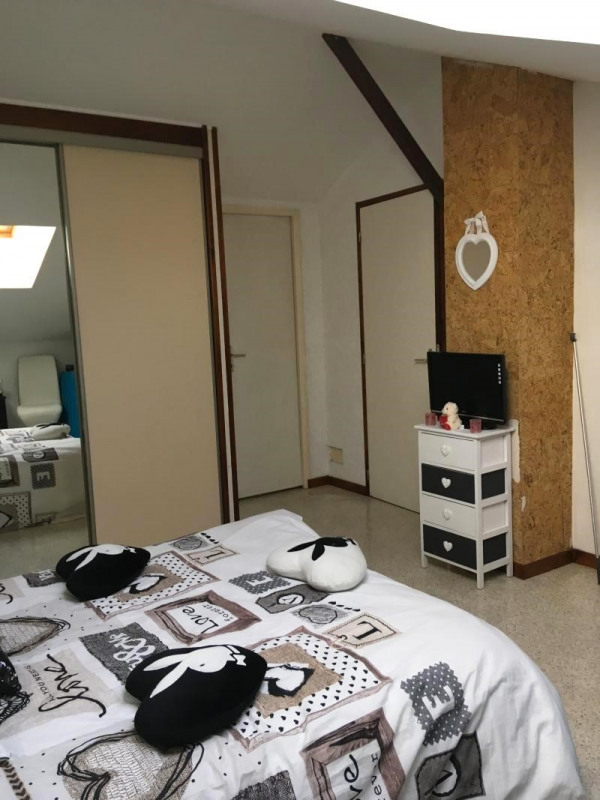 Vente maison / villa La tour du pin 209500€ - Photo 7
