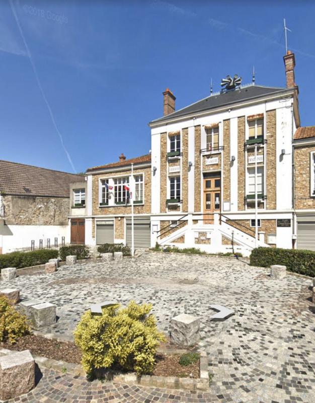 Locação apartamento La ville du bois 850€ CC - Fotografia 1