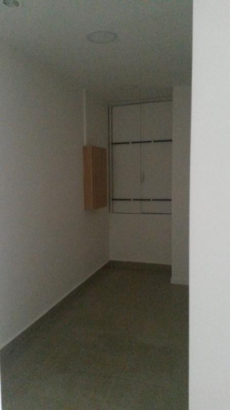 Rental empty room/storage Paris 11ème 1872,75€ HT/HC - Picture 3