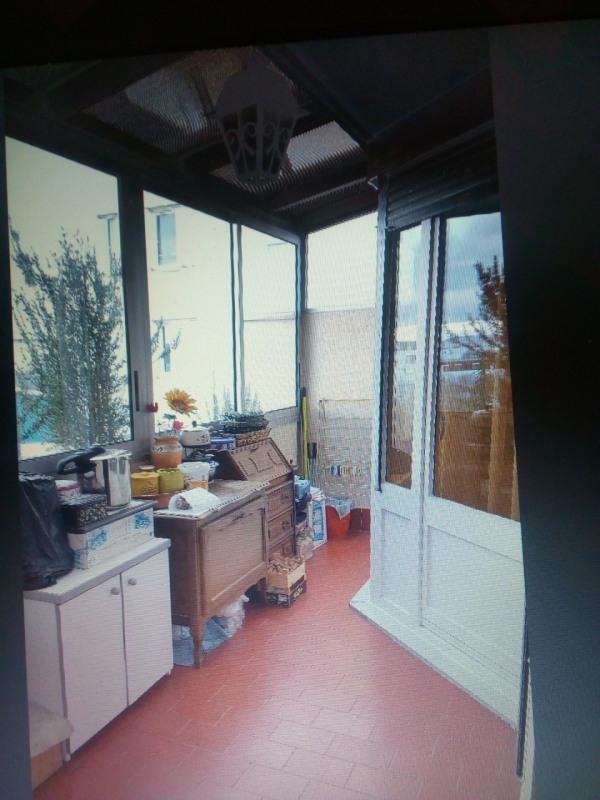 Verkoop  appartement Vaulx-en-velin 190000€ - Foto 4