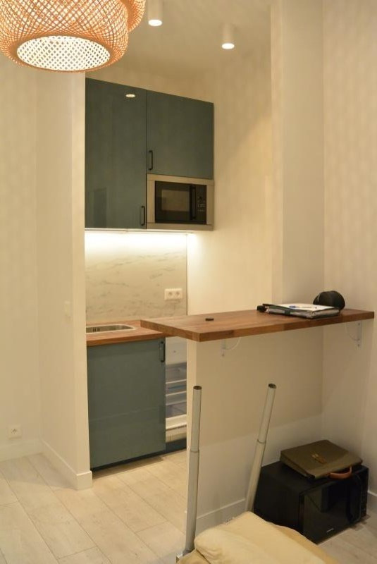 Location local commercial Paris 1er 83€ HT/HC - Photo 3