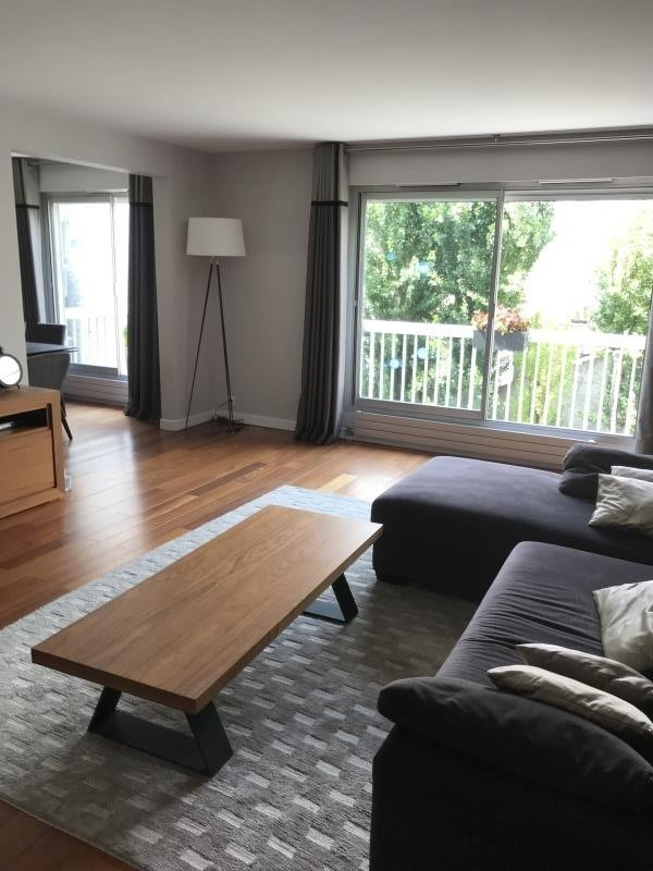Verkoop  appartement Courbevoie 895000€ - Foto 1