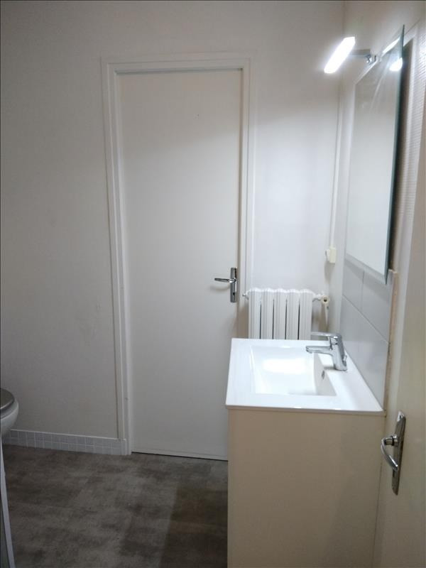 Rental apartment Vendome 550€ CC - Picture 9
