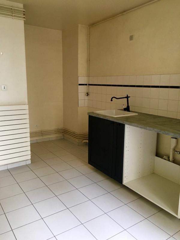 Rental empty room/storage Paris 4ème 3000€ CC - Picture 7