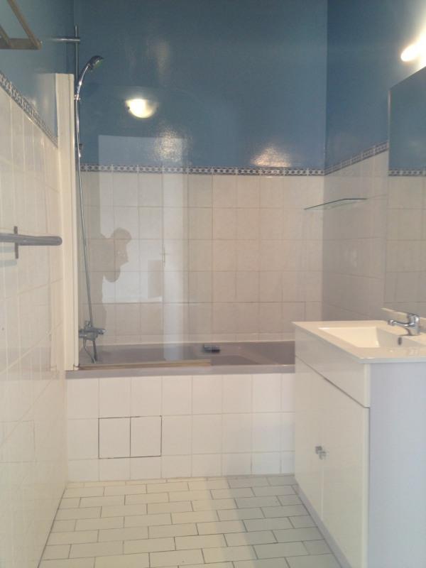 Rental apartment Paris 8ème 1297€ CC - Picture 3