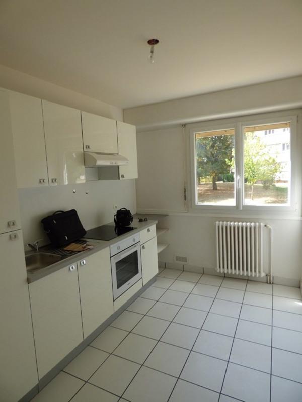 Rental apartment Annemasse 758€ CC - Picture 3