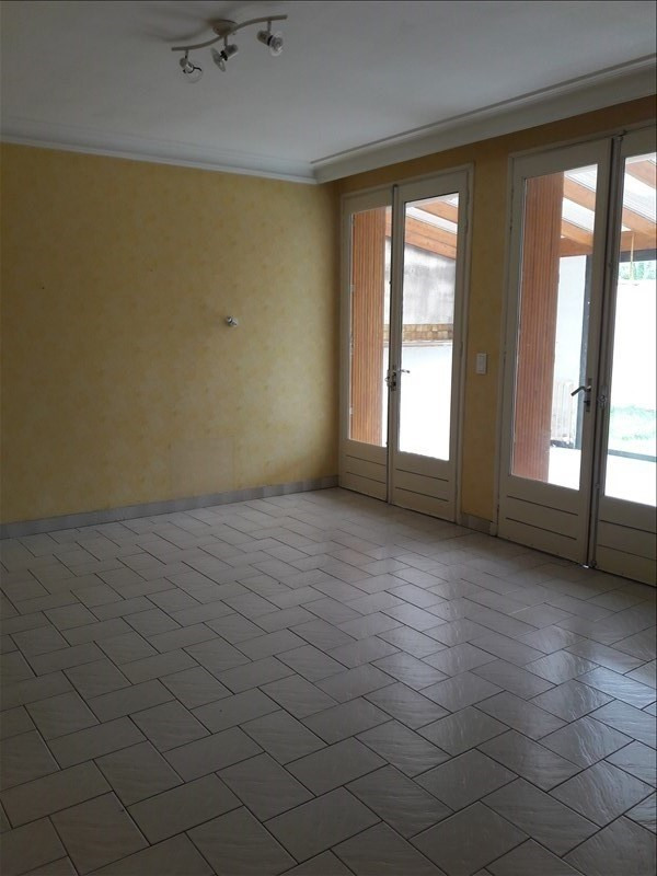 Location maison / villa Villefranche d'albi 590€ CC - Photo 6