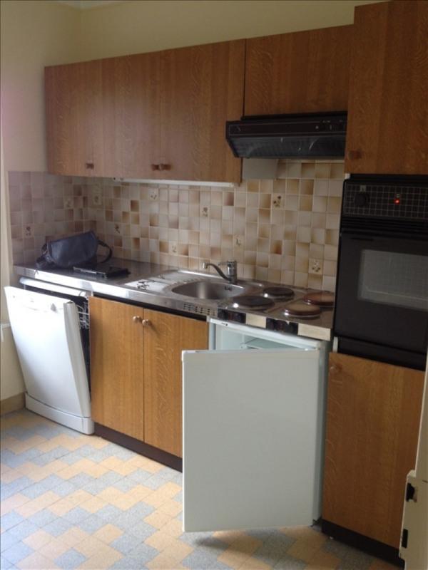 Rental apartment Vendome 440€ CC - Picture 3