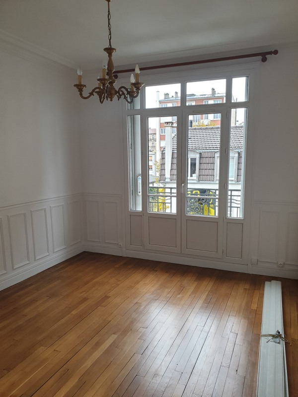 Location appartement Colombes 1 100€ CC - Photo 2