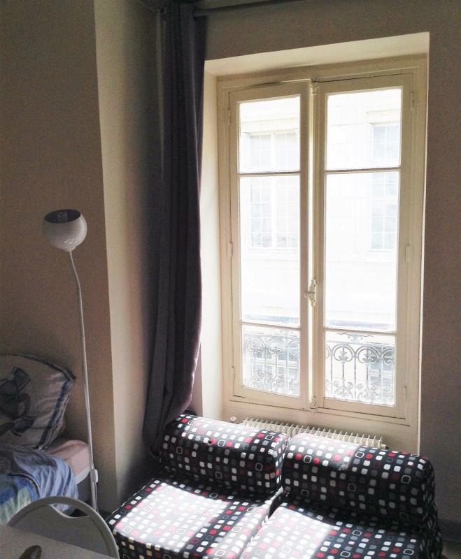 Location appartement Paris 5ème 711€ CC - Photo 3
