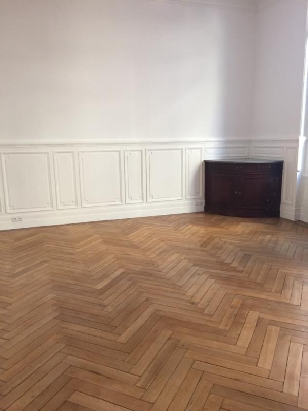 Sale apartment Bordeaux 609000€ - Picture 2