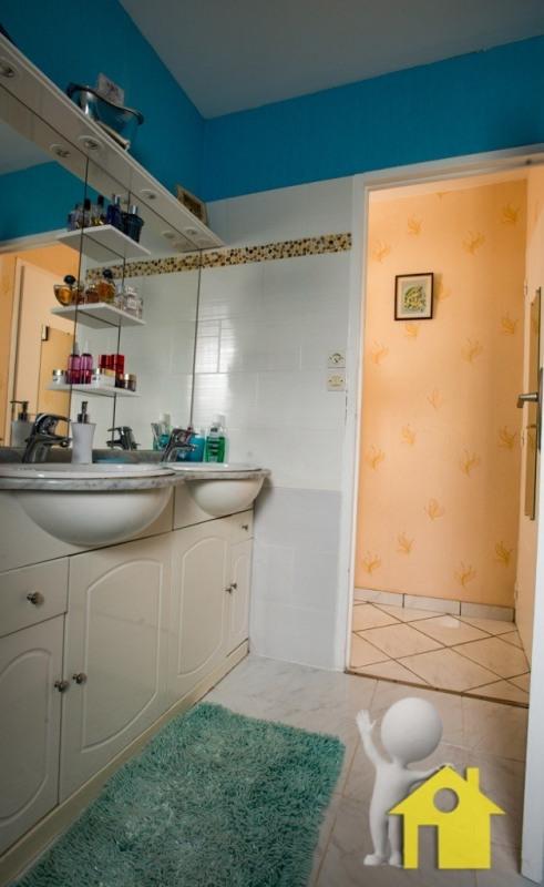 Sale house / villa Neuilly en thelle 248500€ - Picture 7