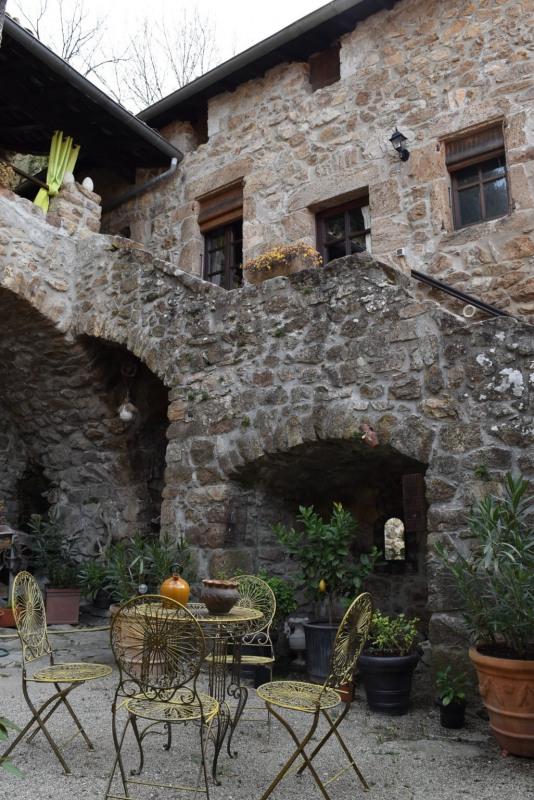 Sale house / villa Vals les bains 490000€ - Picture 1