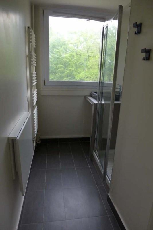 Rental apartment La celle st cloud 1517€ CC - Picture 4