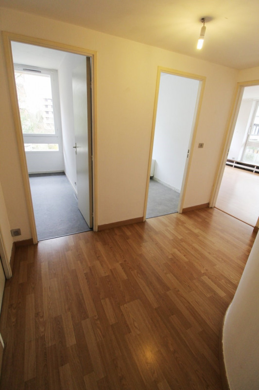 Location appartement Elancourt 783€ CC - Photo 5