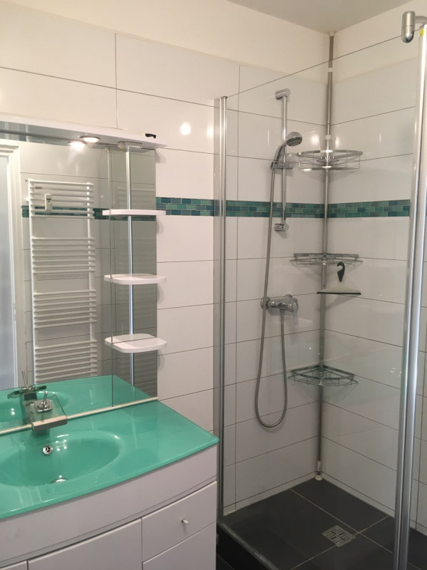 Location appartement Fréjus 760€ CC - Photo 9