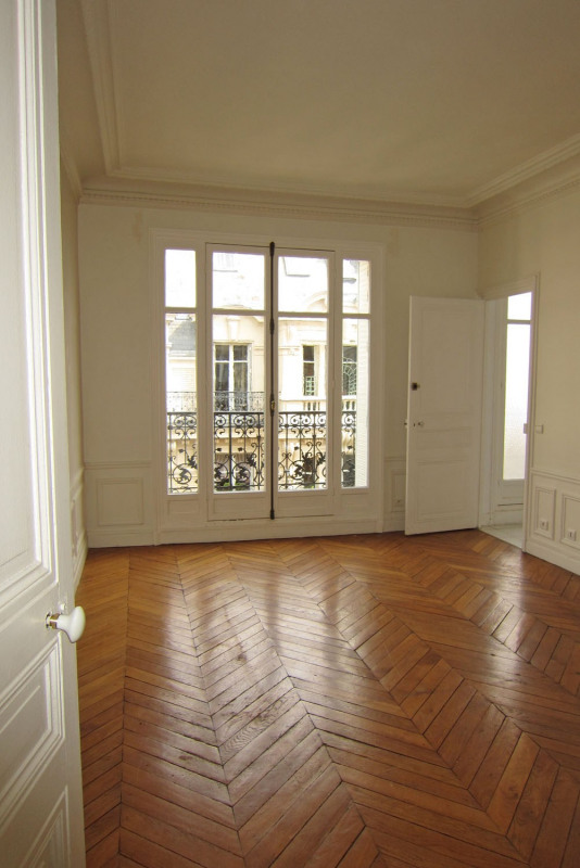 Location appartement Paris 9ème 5 545€ CC - Photo 15