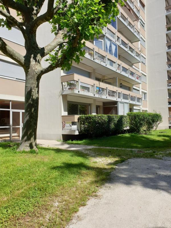 Sale apartment Grenoble 115000€ - Picture 3