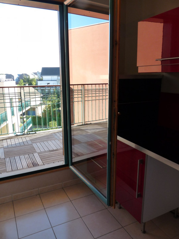 Sale apartment Bois-d'arcy 240 000€ - Picture 2