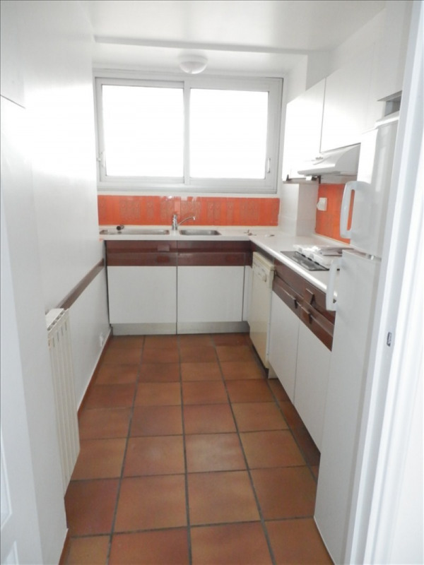 Location appartement Toulon 1 060€ CC - Photo 5