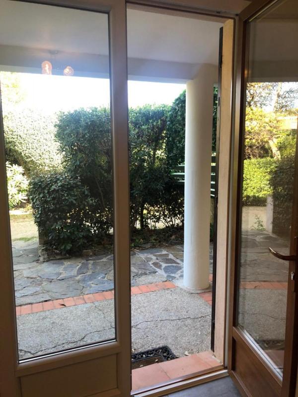 Rental apartment Cavalaire-sur-mer 880€ CC - Picture 6