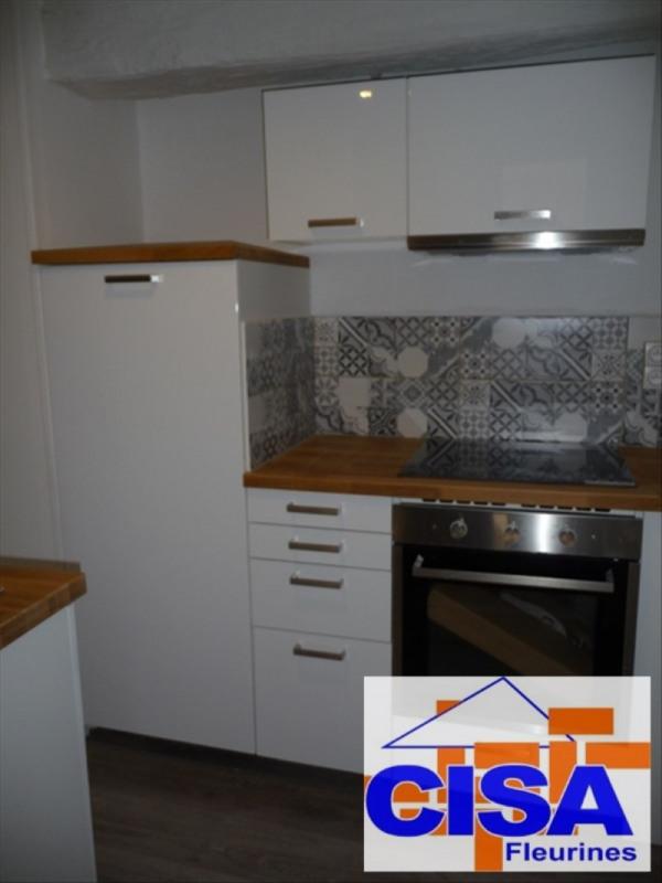 Rental apartment Fleurines 750€ CC - Picture 2