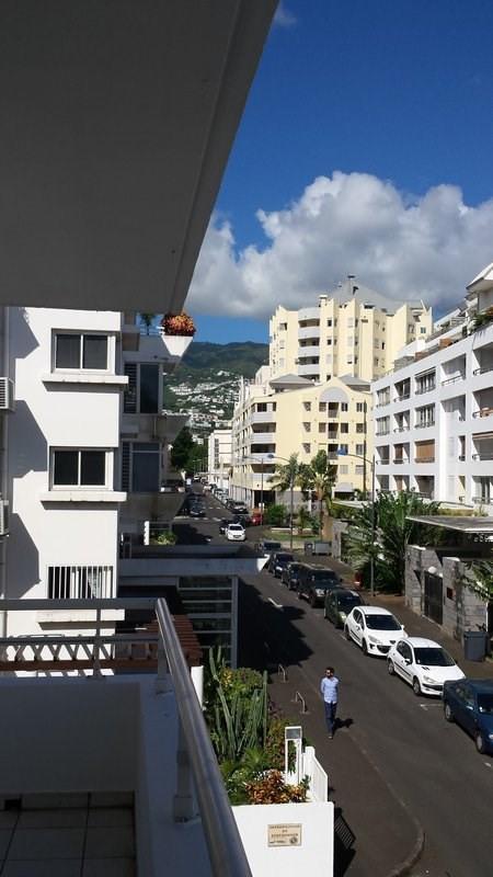 Location appartement St denis 601€ CC - Photo 1