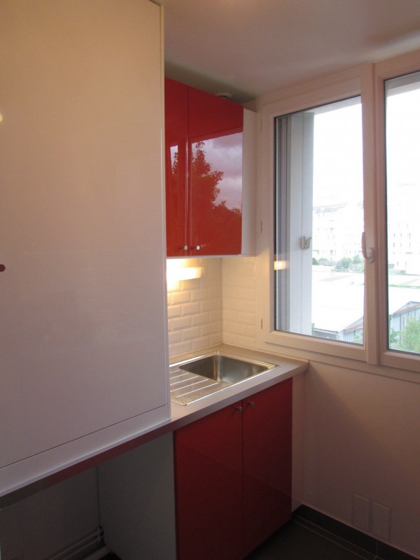 Rental apartment Champigny sur marne 918€ CC - Picture 4
