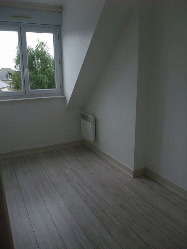 Location appartement Coutances 350€ CC - Photo 2