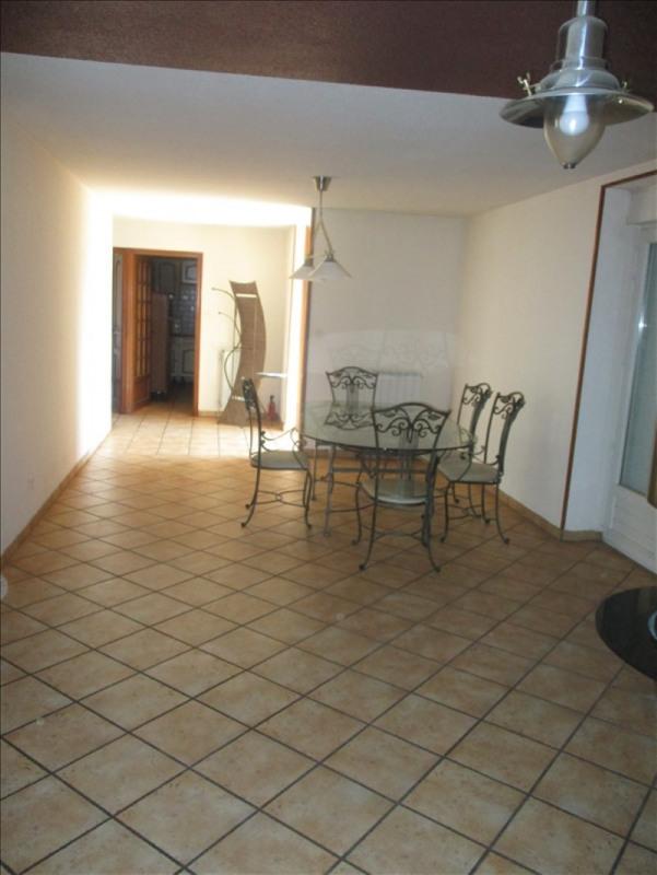 Vente maison / villa St symphorien de lay 139000€ - Photo 5