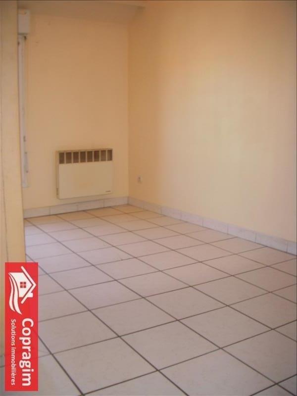 Location appartement Montereau fault yonne 415€ CC - Photo 2