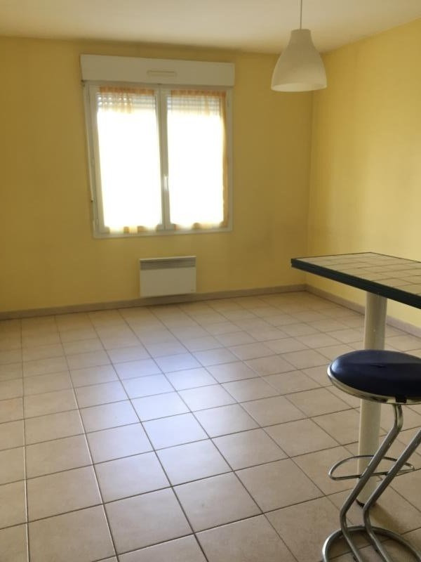 Rental apartment Tarbes 415€ CC - Picture 3