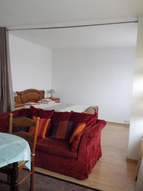 Rental apartment Les pavillons-sous-bois 862€ CC - Picture 3