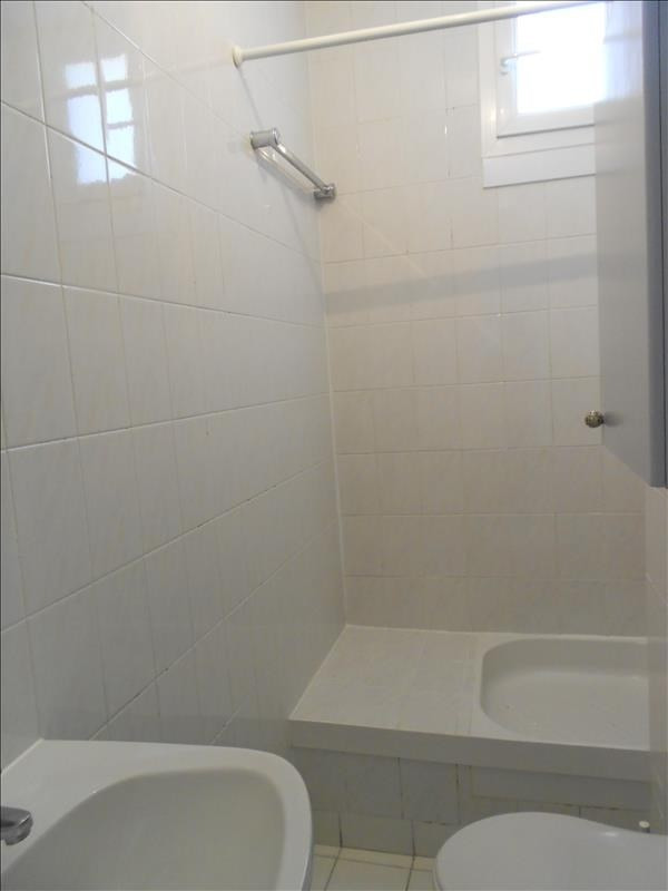 Rental apartment Suresnes 700€ CC - Picture 2