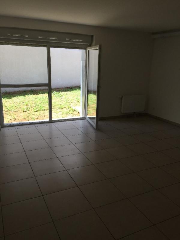Rental apartment Bron 720€ CC - Picture 5