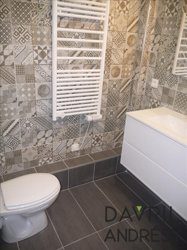 Locação apartamento Eragny 795€ CC - Fotografia 4