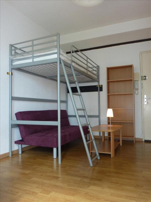 Location appartement Strasbourg 373€ CC - Photo 1