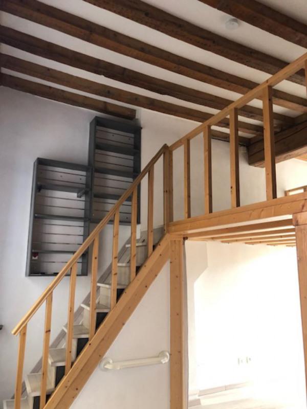 Rental apartment Lyon 4ème 800€ CC - Picture 2