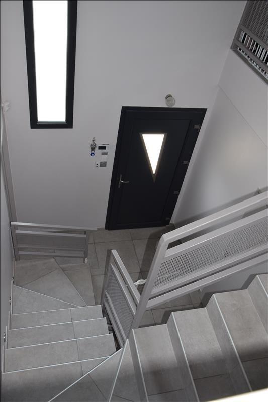 Sale house / villa Villefranche sur saone 399000€ - Picture 11