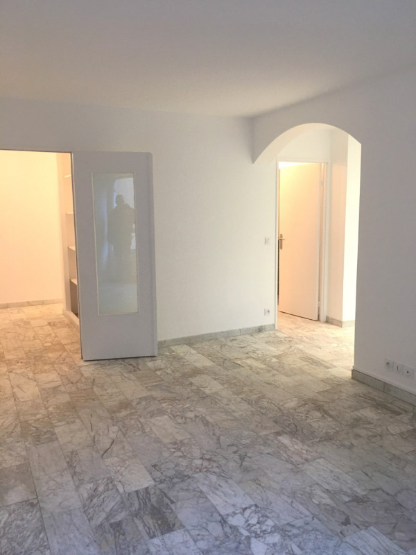 Location appartement Champs-sur-marne 965€ CC - Photo 5