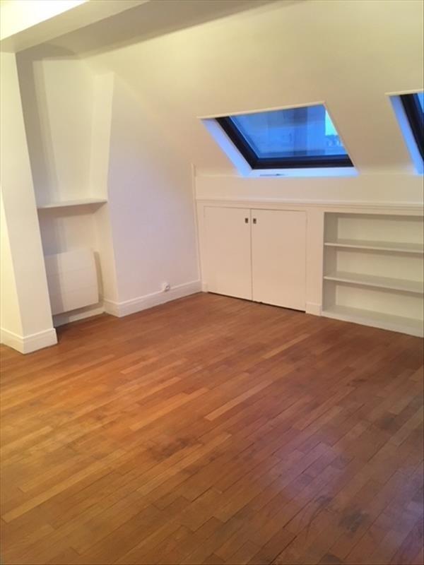 Location appartement Paris 16ème 1355€ CC - Photo 1