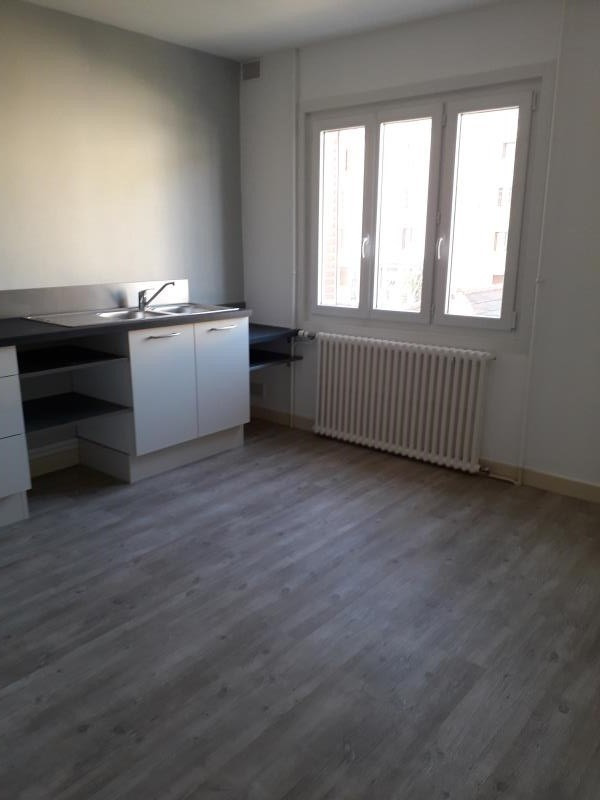 Location appartement Amberieu en bugey 800€ CC - Photo 2