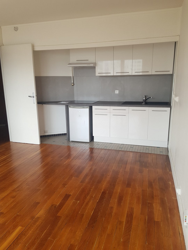 Rental apartment Paris 14ème 965€ CC - Picture 2