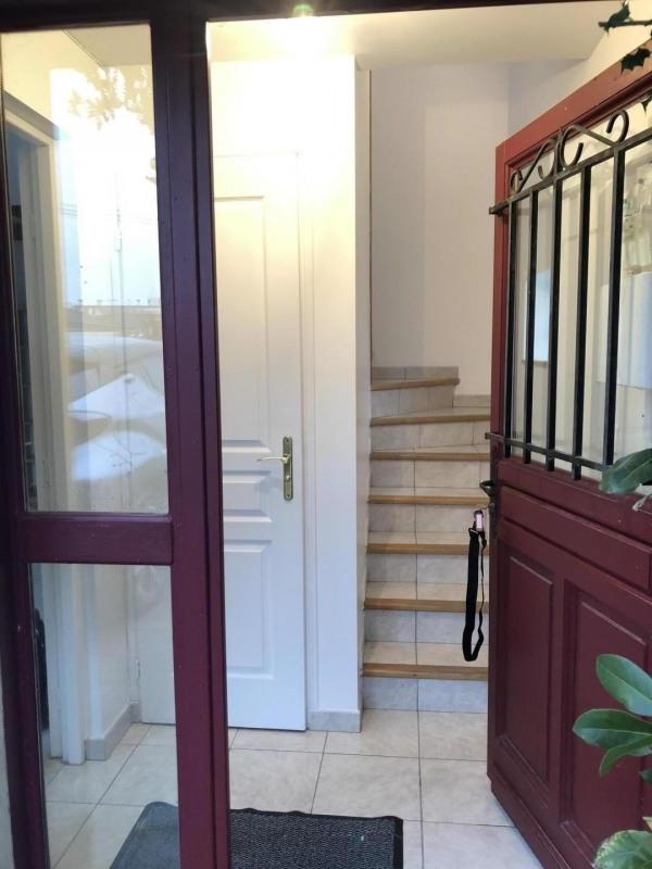 Location maison / villa Pierrelaye 750€ CC - Photo 2