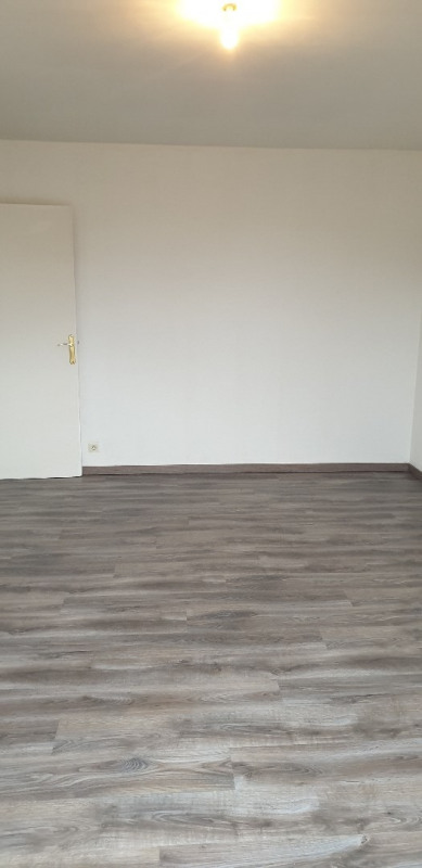 Location appartement Montlhéry 900€ CC - Photo 3