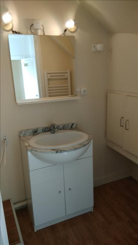 Rental apartment Vendome 290€ CC - Picture 4