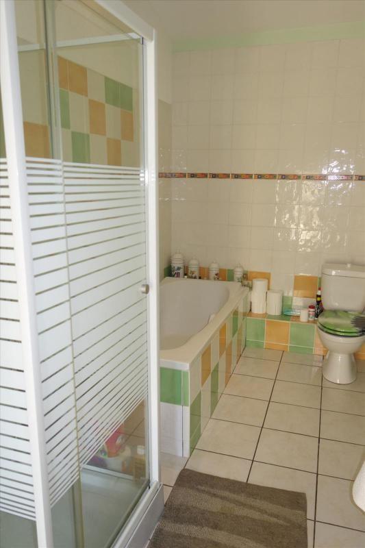 Revenda casa Réalmont 169000€ - Fotografia 10