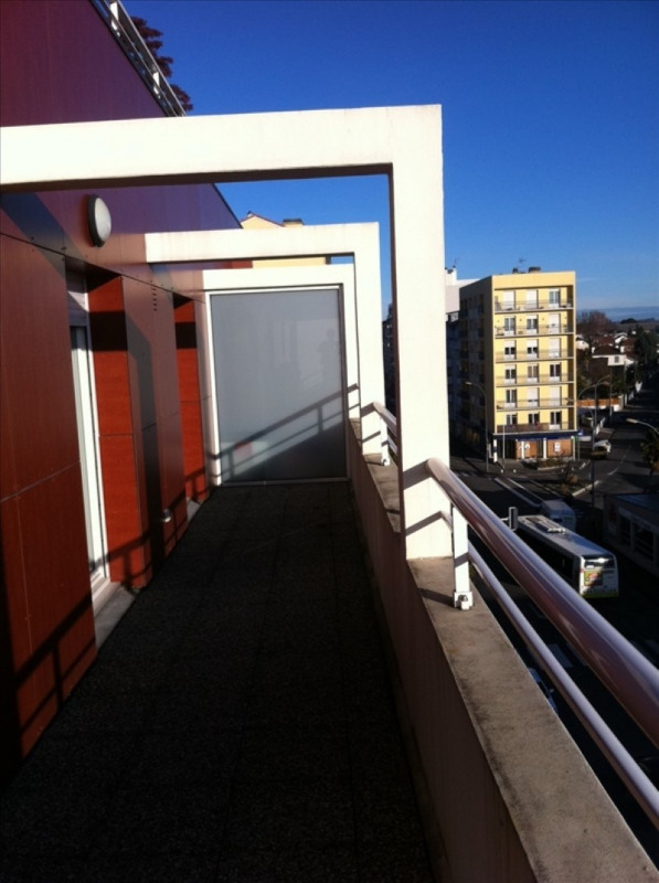 Sale apartment Pau 149500€ - Picture 2