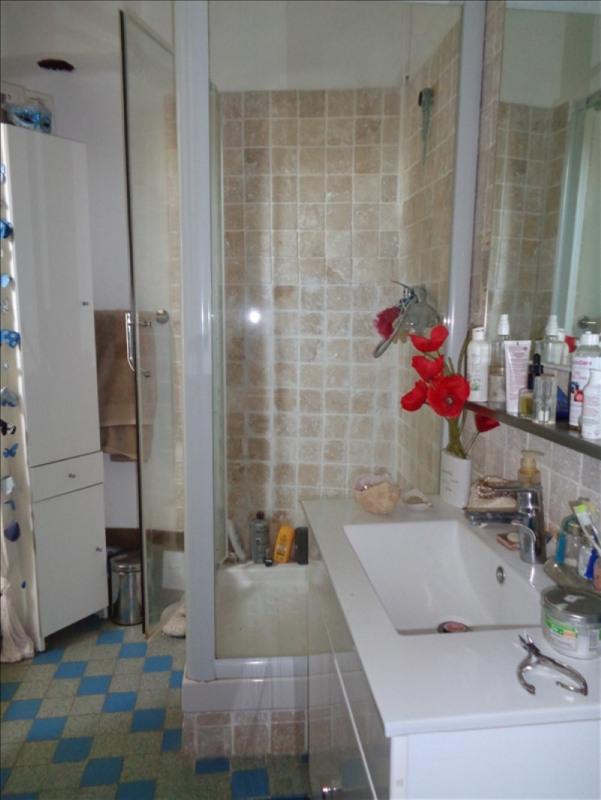 Sale apartment Peyrolles en provence 147500€ - Picture 2