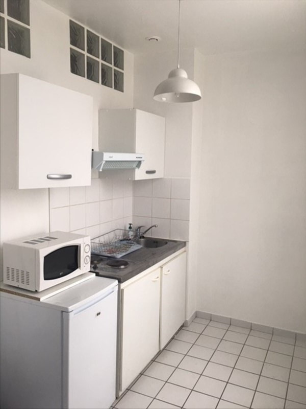 Location appartement Stains 675€ CC - Photo 1